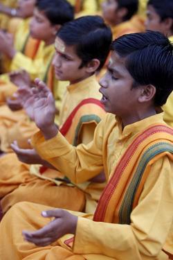 Brahmachari singing in Parmath, Rishikesh, Uttarakhand, India by Godong