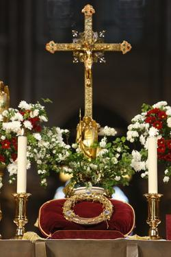 Crown of Thorns, one of Christ's Passion relics, Notre Dame Cathedral, France by Godong