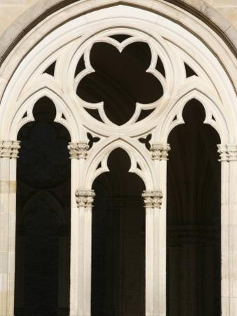Gothic Architecture in Notre-Dame Church, St. Pere, Yonne, Burgundy, France, Europe