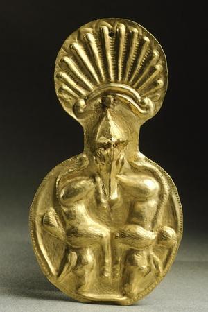 https://imgc.allpostersimages.com/img/posters/gold-armour-stud-from-cucuteni-baiceni-treasure-romania-geto-dacian-civilization-5th-century-bc_u-L-POPR1O0.jpg?artPerspective=n