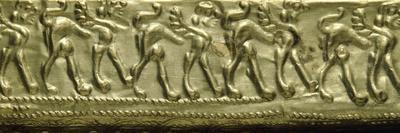 https://imgc.allpostersimages.com/img/posters/gold-leaf-fibula-with-figures-of-sphinxes-detail-artifacts-from-vetulonia_u-L-PRLI260.jpg?p=0
