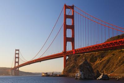 https://imgc.allpostersimages.com/img/posters/golden-gate-bridge-san-francisco-california-united-states-of-america-north-america_u-L-PQ8NVN0.jpg?p=0