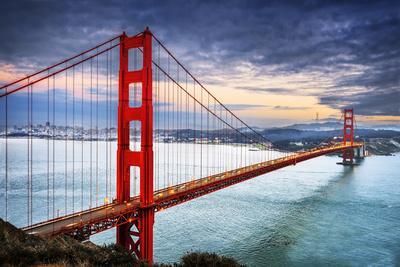 https://imgc.allpostersimages.com/img/posters/golden-gate-bridge-san-francisco_u-L-Q105K6K0.jpg?p=0