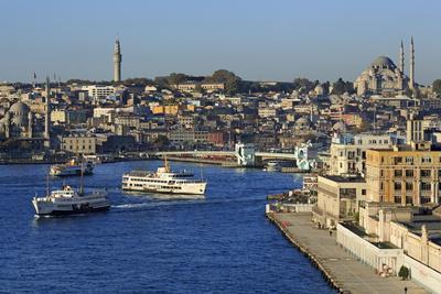 https://imgc.allpostersimages.com/img/posters/golden-horn-istanbul-turkey-europe_u-L-PQ8TVB0.jpg?p=0