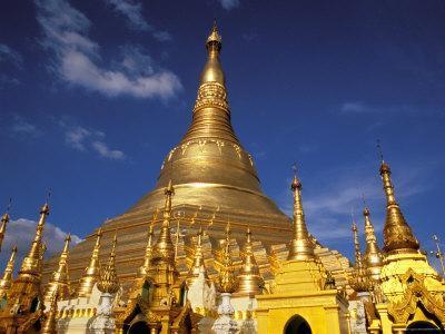 https://imgc.allpostersimages.com/img/posters/golden-stupa-of-shwedagon-pagoda-yangon-myanmar_u-L-P58D380.jpg?p=0