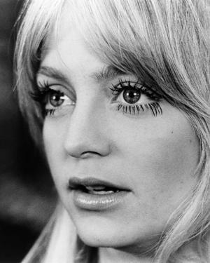 Goldie Hawn - Shampoo