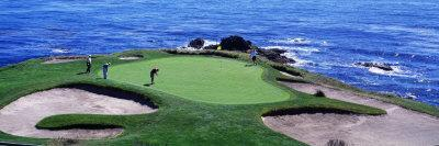 https://imgc.allpostersimages.com/img/posters/golfers-pebble-beach-california-usa_u-L-OHHRA0.jpg?artPerspective=n
