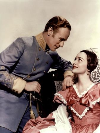 Gone with the Wind, 1939 directed by Victor FlemingLeslie Howard and Olivia by Havilland (photo)
