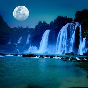 Waterfall by GoodOlga