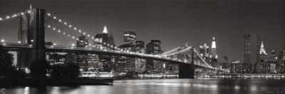 Brooklyn Bridge and Manhattan Skyline by Graeme Purdy