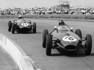 Graham Hill Leads in his Lotus 16 from Jack Brabham in Cooper T45, 1958 British Grand Prix