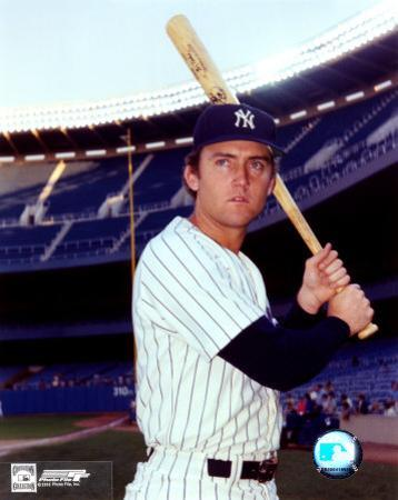 Graig Nettles - With bat, posed