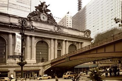 https://imgc.allpostersimages.com/img/posters/grand-central-station-42nd-street-manhattan-new-york-city-united-states_u-L-PZ0XJ00.jpg?p=0