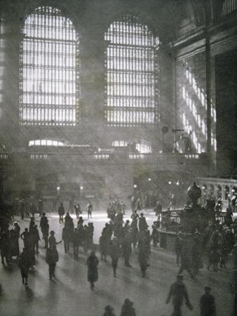 Grand Central Station, New York City, 1925
