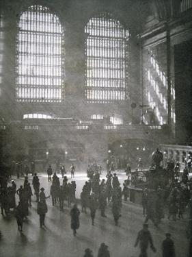 Grand Central Station, New York City, 1925