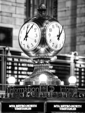 https://imgc.allpostersimages.com/img/posters/grand-central-terminal-s-four-sided-seth-thomas-clock-manhattan-new-york_u-L-PZ59EI0.jpg?p=0