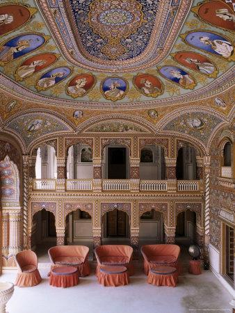 https://imgc.allpostersimages.com/img/posters/grand-entrance-hall-to-the-fort-at-the-base-of-the-hill-on-which-the-fort-sits-kuchaman-india_u-L-P1UO4Q0.jpg?p=0