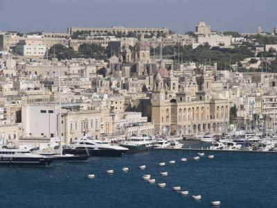 https://imgc.allpostersimages.com/img/posters/grand-harbour-and-city-of-vittoriosa-taken-from-barracca-gardens-valletta-malta-mediterranean_u-L-P7NVY80.jpg?p=0