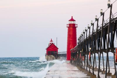 https://imgc.allpostersimages.com/img/posters/grand-haven-south-pier-lighthouse-at-sunrise-on-lake-michigan-ottawa-county-grand-haven-michigan_u-L-Q13BX270.jpg?p=0