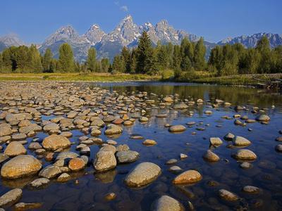 https://imgc.allpostersimages.com/img/posters/grand-teton-national-park-wyoming-usa_u-L-PN734X0.jpg?p=0