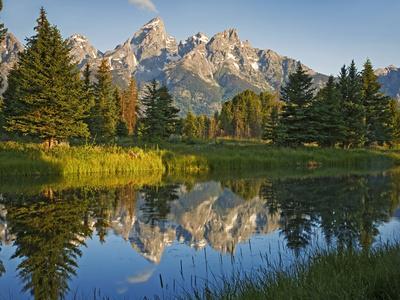 https://imgc.allpostersimages.com/img/posters/grand-teton-national-park-wyoming-usa_u-L-PXRA3U0.jpg?artPerspective=n
