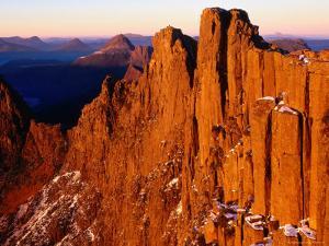 Dawn on Du Cane Range, Cradle Mountain-Lake St. Clair National Park, Tasmania, Australia by Grant Dixon