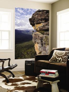 Sandstone Cliff, Mt Solitary by Grant Dixon