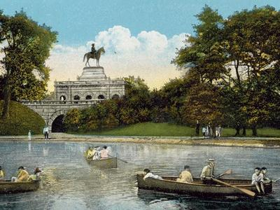 https://imgc.allpostersimages.com/img/posters/grant-monument-lincoln-park_u-L-PPC7KW0.jpg?p=0