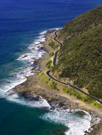 https://imgc.allpostersimages.com/img/posters/great-ocean-road-near-lorne-victoria-australia_u-L-P2T94M0.jpg?p=0