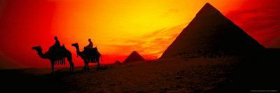 https://imgc.allpostersimages.com/img/posters/great-pyramids-of-giza-at-sunset-egypt_u-L-P5810S0.jpg?p=0