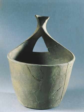 https://imgc.allpostersimages.com/img/posters/greece-palio-ginekokastro-pot-from-iron-age_u-L-POPMYG0.jpg?p=0