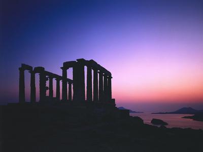 https://imgc.allpostersimages.com/img/posters/greece-peloponnes-cape-sunion-poseidon-temple-silhouette-dusk_u-L-Q11YMXO0.jpg?artPerspective=n