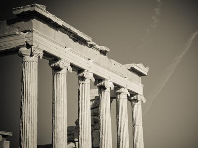 https://imgc.allpostersimages.com/img/posters/greek-columns_u-L-Q1039AY0.jpg?artPerspective=n