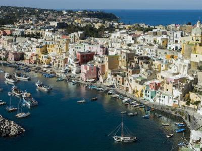Houses Around Marina Corricella by Greg Elms