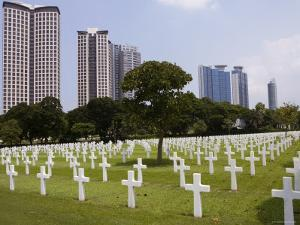 The American Memorial Cemetary at Pateros, Manila, Philippines by Greg Elms
