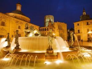 Turia Fountain, Plaza del la Virgen, Centro Historico, Valencia, Spain by Greg Elms