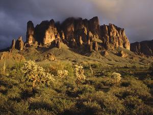 The Superstition Mountains in Lost Dutchman State Park, Arizona by Greg Probst