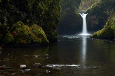 Punchbowl Falls in the Columbia River Gorge National Scenic Area