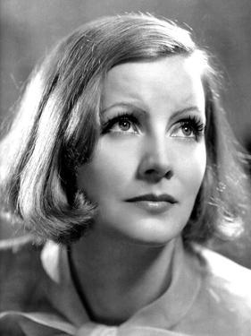Greta Garbo (b/w photo)
