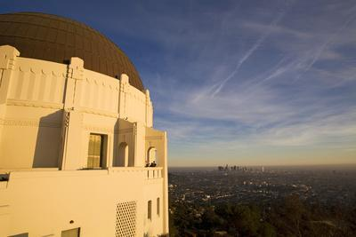 https://imgc.allpostersimages.com/img/posters/griffith-observatory-and-los-angeles-skyline-california-usa_u-L-PN71MQ0.jpg?artPerspective=n