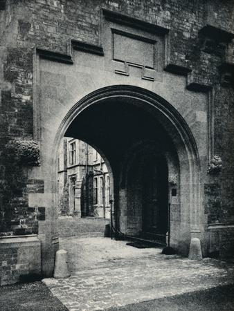 https://imgc.allpostersimages.com/img/posters/grizedale-hall-lancashire-archway-in-tower-to-porte-cochere-c1911_u-L-Q1EFBI40.jpg?artPerspective=n
