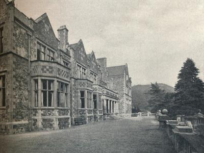 https://imgc.allpostersimages.com/img/posters/grizedale-hall-lancashire-the-south-front-and-terrace-c1911_u-L-Q1EFBNV0.jpg?artPerspective=n