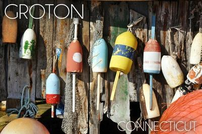 https://imgc.allpostersimages.com/img/posters/groton-connecticut-buoys_u-L-Q1GQLPN0.jpg?artPerspective=n