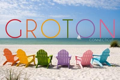 https://imgc.allpostersimages.com/img/posters/groton-connecticut-colorful-beach-chairs_u-L-Q1GQLQ70.jpg?artPerspective=n