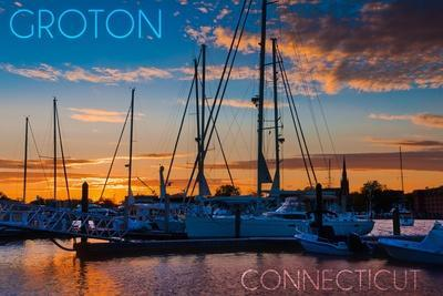 https://imgc.allpostersimages.com/img/posters/groton-connecticut-sailboats-at-sunset_u-L-Q1GQLQF0.jpg?p=0