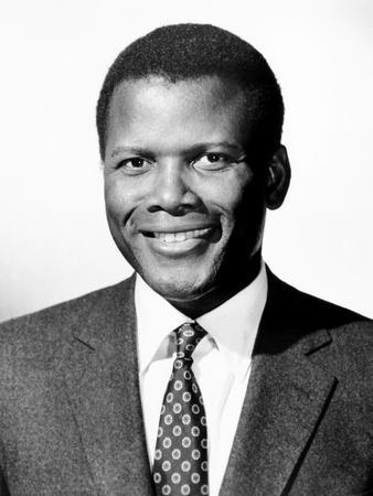 https://imgc.allpostersimages.com/img/posters/guess-who-s-coming-to-dinner-sidney-poitier-1967_u-L-PH2ZFV0.jpg?artPerspective=n