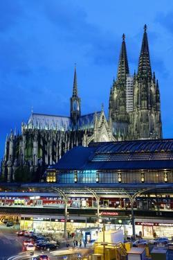 Cologne Cathedral and Railway Station by Guido Cozzi