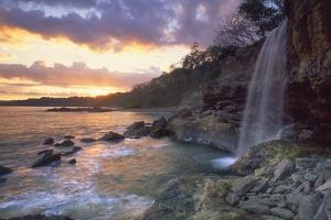 Pietra Colorada Waterfall by Guido Cozzi