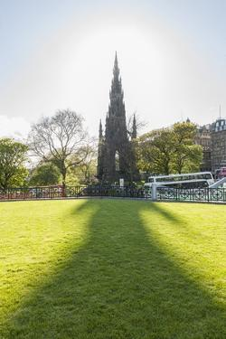 Scott Monument along Princess Street by Guido Cozzi