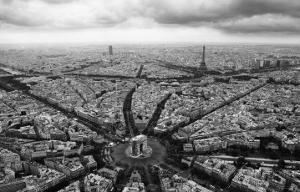 Paris, l'Etoile Vue du Ciel by Guillaume Plisson
